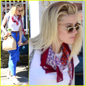 Amber Heard: Coffee Run at Urth Caffe