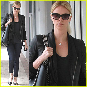 Charlize Theron: Sushi Park Lunch!