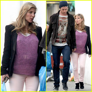 Chris Hemsworth & Elsa Pataky: Market Mates!