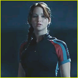 Jennifer Lawrence: Katniss' Hunger Games Target Practice Video