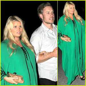 Jessica Simpson Celebrates Friend's Upcoming Wedding!