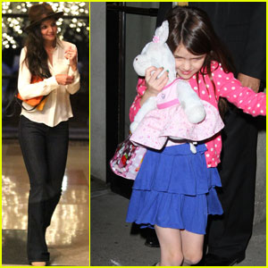 Katie Holmes & Suri Dine at Lady Gaga's Parents' Restaurant