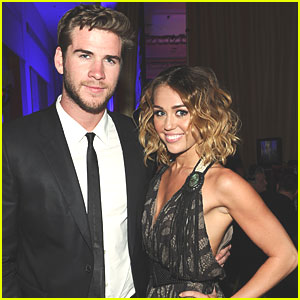 Miley Cyrus Not Engaged to Liam Hemsworth