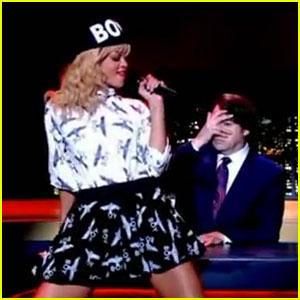 Rihanna: 'Talk That Talk' on 'Jonathan Ross Show'!