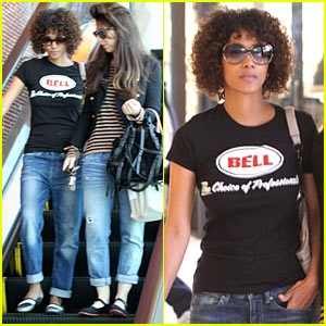 Halle Berry: Beverly Center Shopping!