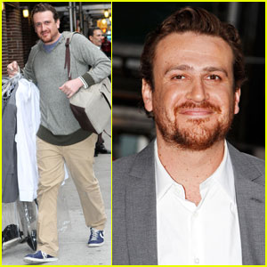 Jason Segel Meets Michelle Williams After 'Letterman'