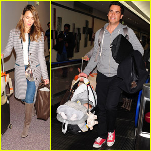 Jessica Alba: Tokyo with the Family!