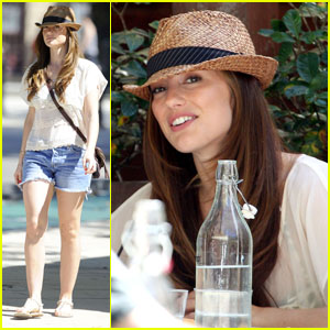 Minka Kelly: Aussie Lunch Date!