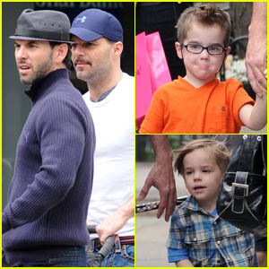 Ricky Martin & Carlos Abella: Lunch with the Twins!