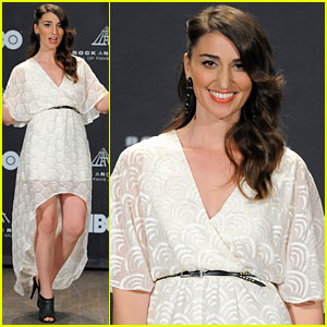 Sara Bareilles: Rock and Roll Hall of Fame Induction!