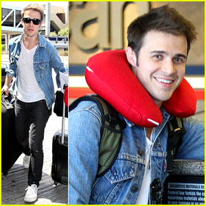 Kris Allen: Red Neck Pillow!