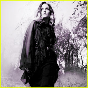 Lisa Marie Presley: 'You Ain´t Seen Nothin Yet' Video!