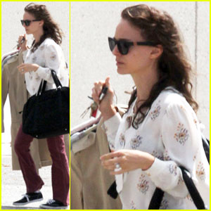 Natalie Portman Drops by Dry Cleaners