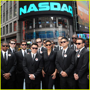 Nicole Scherzinger: Nasdaq's Opening Bell!