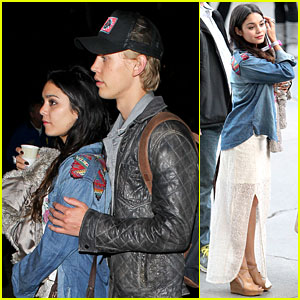 Vanessa Hudgens & Austin Butler: Coldplay Concert Couple!