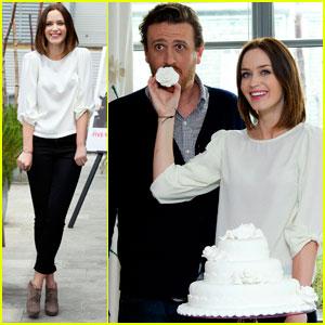 Emily Blunt & Jason Segel Cut Cake in London