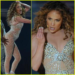 Jennifer Lopez: Pop Music Festival Performer!