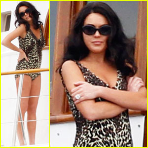 Lindsay Lohan: Leopard-Print Swimsuit for 'Liz &#038; Dick'