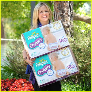 Sarah Michelle Gellar Piles Up the Pampers