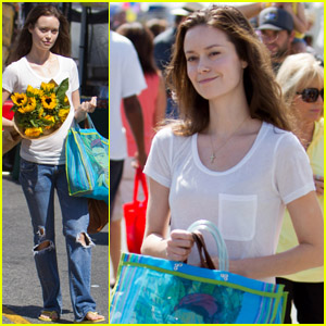 Summer Glau: Sunflower Shopper