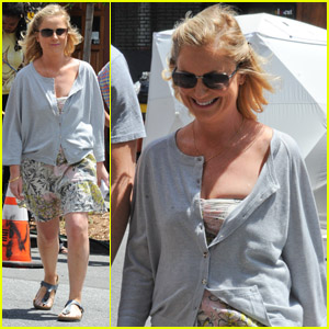 Amy Poehler: 'They Came Together' Set!