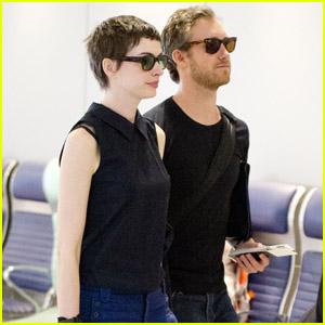 Anne Hathaway & Adam Shulman: JFK Jet Setters!