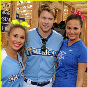 Chord Overstreet &#038; Chrissy Teigen: Celebrity Softball Game!