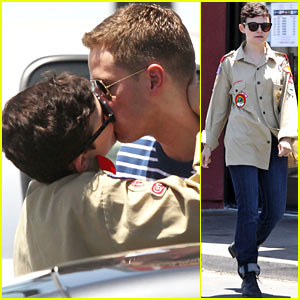 Ginnifer Goodwin &#038; Josh Dallas: Jack In The Box Kiss!