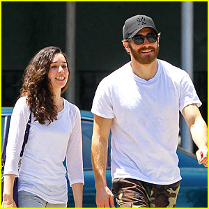 Jake Gyllenhaal: Soho Saturday with Mystery Gal!