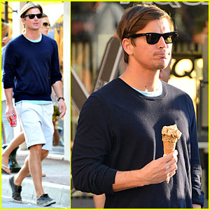 Josh Hartnett: Ice Cream Cone Cool!
