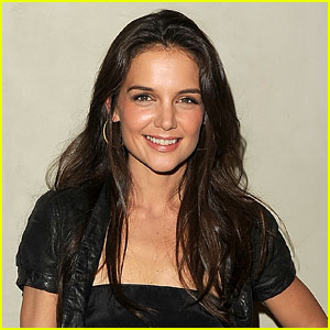 Katie Holmes Returning to Broadway in 'Dead Accounts'!