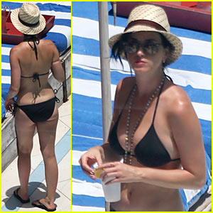 Katy Perry: Bikini at Miami Pool!