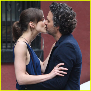 Keira Knightley & Mark Ruffalo: 'Song' Set Smooch!