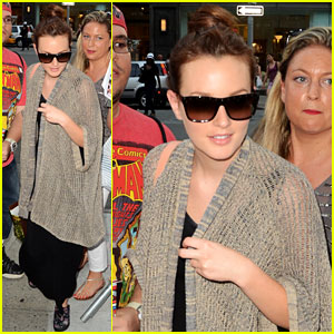 Leighton Meester: 'Dark Knight Rises' New York Premiere!