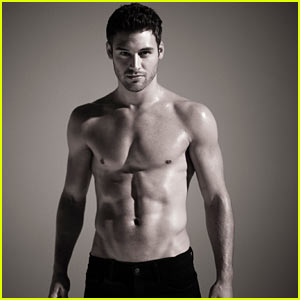 Ryan Guzman Photo Shoot - JustJared.com Exclusive!