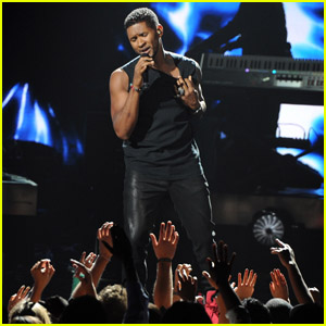 Usher's BET Awards Performance - Watch Now!