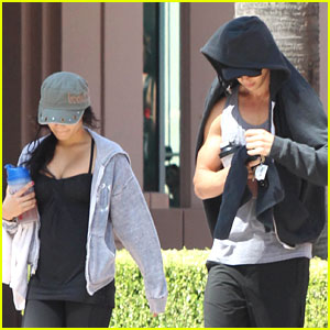 Vanessa Hudgens &#038; Austin Butler: Workout Couple!