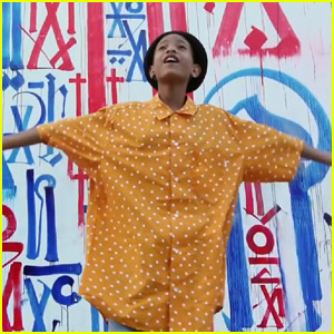 Willow Smith's 'I Am Me' Video - Watch Now!