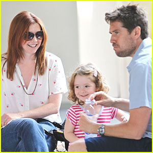 Alyson Hannigan: Family Day Fun!