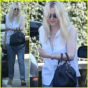 Dakota Fanning: Casa Vega Lunch!