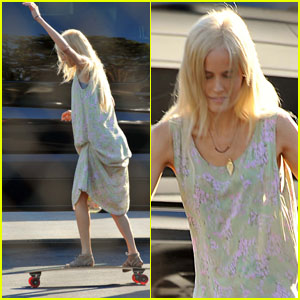 Isabel Lucas: Skateboarding On Set!