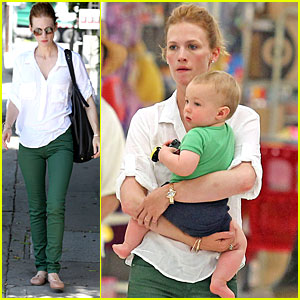 January Jones: Target-ing Xander in Green!