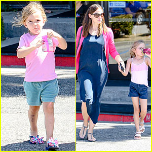 Jennifer Garner: Gymnastics with Violet and Seraphina!
