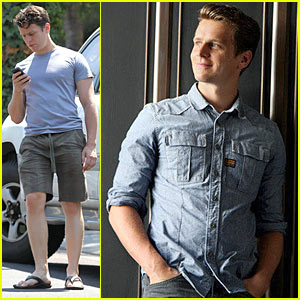 Jonathan Groff: Gay Actors Have Their Own Journey