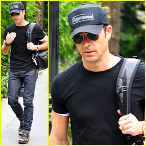 Justin Theroux: Central Park Stroll!