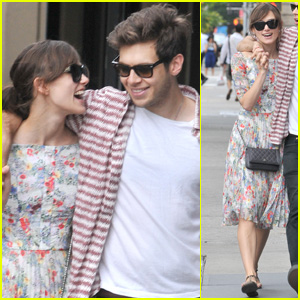 Keira Knightley &#038; James Righton: Sunday Soho Stroll!