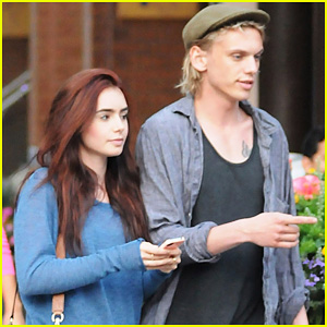 Lily Collins & Jamie Campbell Bower: Yoco Froyo Lovers!