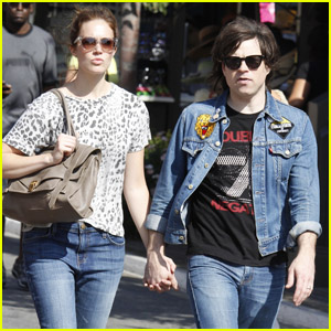 Mandy Moore & Ryan Adams: The Grove Shopping!