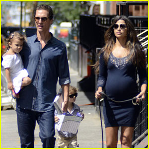 Matthew McConaughey: Big Apple Family Stroll