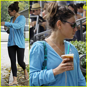 Mila Kunis: Dance Workout Warrior!